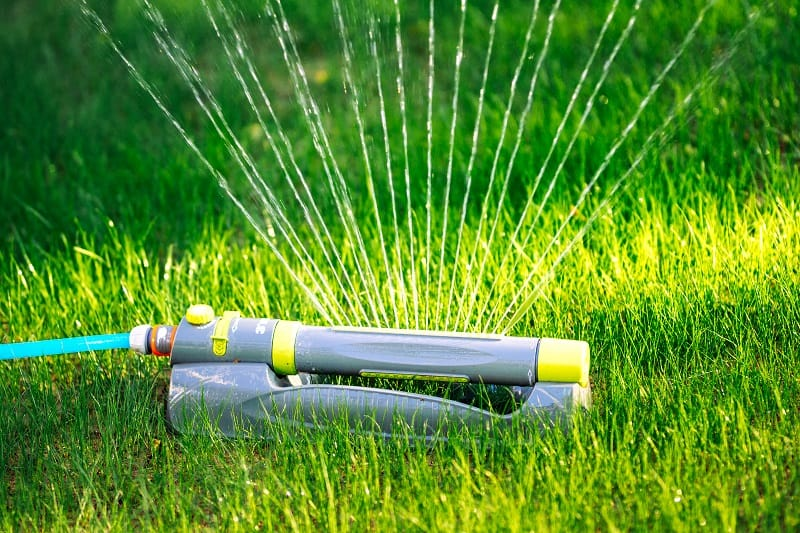 How Long to Water Lawn with Oscillating Sprinkler